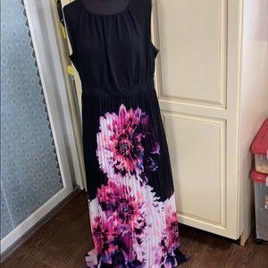 Pleated Maxi Dress 16w Cato woman